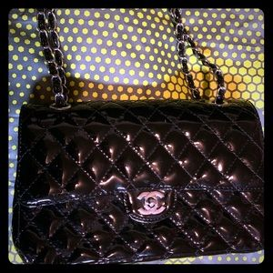 BLACK QUILTED PATENT LEATHER PURSE